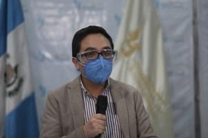 """Destituyen en Guatemala al fiscal """"campeón anticorrupción"""" que investigaba al presidente Giammattei"""