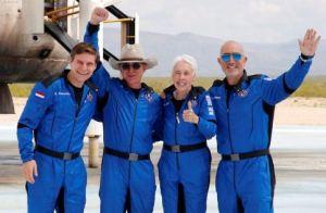"""Golpe para Jeff Bezos: No le otorgarán las """"alas de astronauta"""" que sí tiene Richard Branson"""