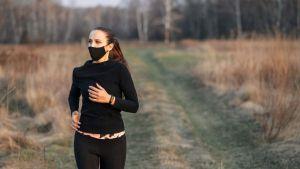 ¿Puedo hacer ejercicio antes o después de recibir la vacuna covid-19?