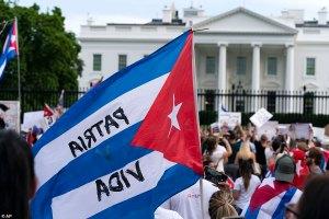 Cubanos agradecieron sanciones al castrismo pero piden mejor internet para la isla