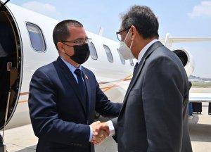 ¿Gastando viáticos? Arreaza llegó a México para participar en reunión de la Celac (Fotos)
