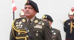 Jefe de las Fuerzas Armadas de Perú renunció a tres días del cambio de gobierno
