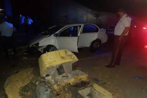 Murió un policía de Maracaibo junto a su esposa al estrellar su vehículo contra un semáforo
