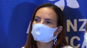 Aspirante presidencial abandonó Nicaragua ante la persecución del régimen de Ortega