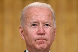 Popularidad de Biden se desploma más rápido que la de los últimos 10 presidentes de EEUU
