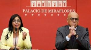 """""""Insulta a la Mesa de Diálogo en México"""": Jorge Rodríguez también arremetió contra James Story"""