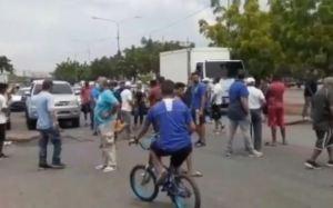 Marabinos protestaron ante los atropellos de las autoridades policiales en el suministro de gasolina