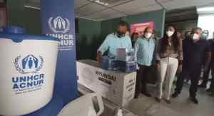 Gobernador Alfredo Díaz distribuyó equipos y material en centros de salud neoespartanos