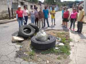 Maracay: Vecinos de Brisas del Lago viven en zozobra por las carencias de los servicios públicos (FOTOS)