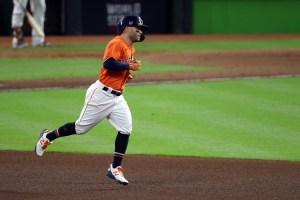 Altuve pegó histórico batazo para resucitar a los Astros en la Serie Mundial (Video)