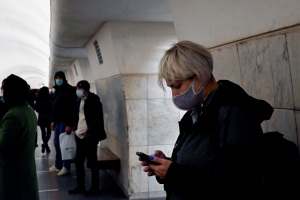 Rusia se encierra ante máximos históricos de coronavirus