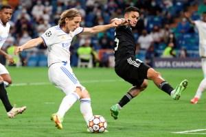 Revelan sus rutinas antes de un partido: La Biblia de Alaba o el beso de Modric a sus espinilleras