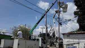 """Transformadores chimbos se """"echaron tres…"""" y dejaron a más de 60 familias sin luz en Barquisimeto"""