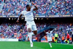 Real Madrid gana la nueva edición del clásico español a un Barcelona sin efectividad en su juego