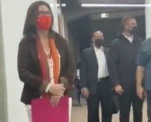"""Jacqueline Faría nunca limpió el río Guaire, pero ahora será la """"protectora"""" de la UCV (+VIDEO)"""