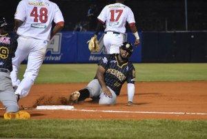 Leones y Magallanes arrancaron con triunfo en la jornada inaugural de la Lvbp