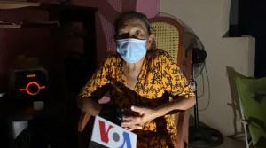 """Veintidós familias venezolanas viven en """"una cueva de lobos"""" por falta de luz en Maracaibo (Videos)"""