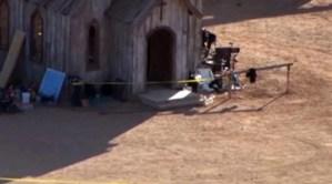 Llaman a prohibir armas de fuego en sets de cine tras tiroteo de Alec Baldwin