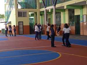 En Mérida el ausentismo en las aulas y la falta de agua marcó el inicio de clases presenciales